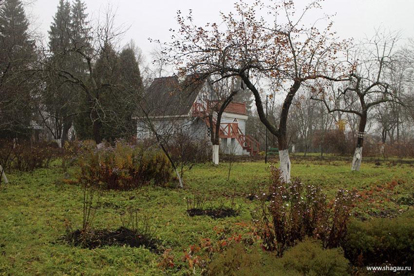 В саду Мелихово