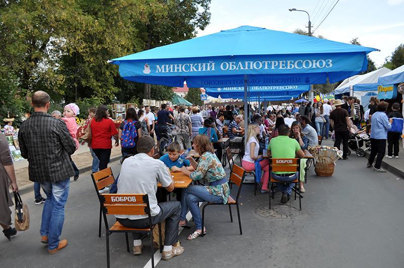 Угощения на празднике белорусской письменности