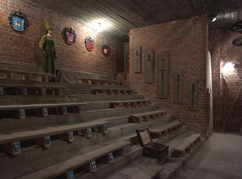 В тронном зале Лидского замка