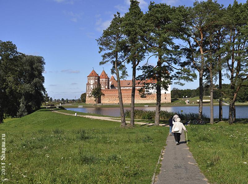 По дороге к Мирскому замку