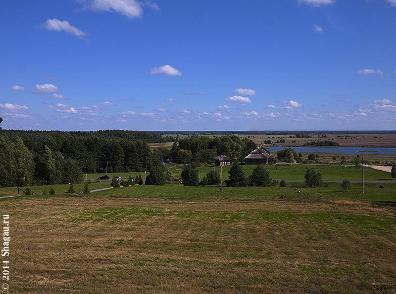 Вид с холма, на котором расположен Дворец