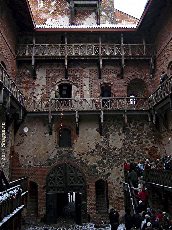 Внутренний двор княжеского замка