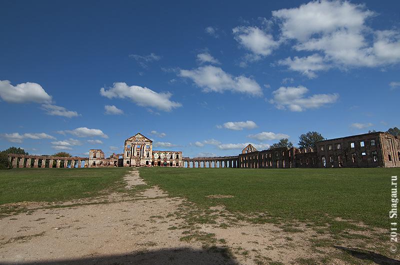 Дворец в Ружанах