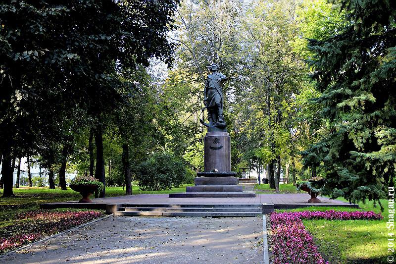 Памятник Петру Первому в Измайлово
