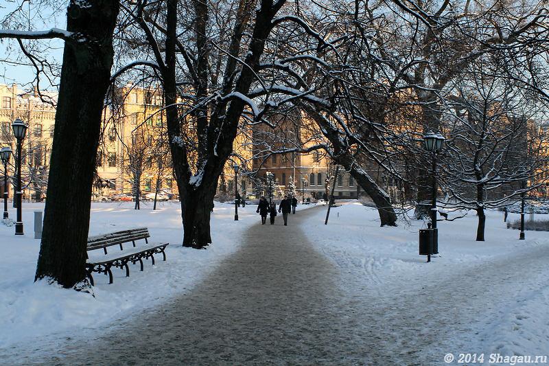 Зимний парк в Риге
