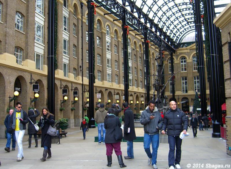 Лондон. В одном из торговых центров