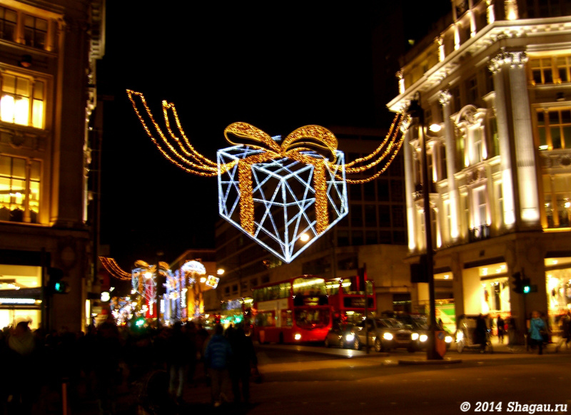 Лондон. Оксфорд-стрит ночью