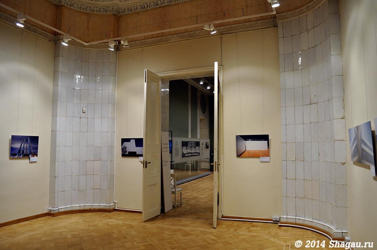 Восстановленные печи в одном из залов