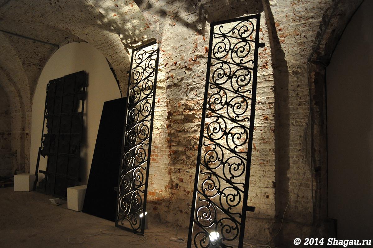 Экспонаты в Флигеле Руина