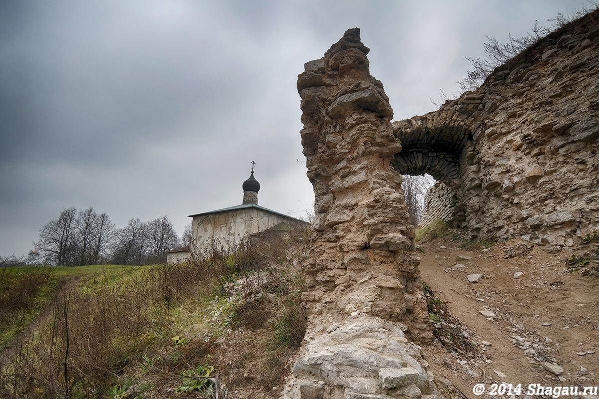 Фото вокруг Гремячей башни