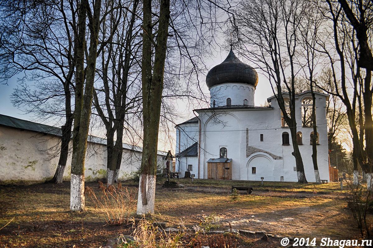 Преображенский собор Мирожского монастыря
