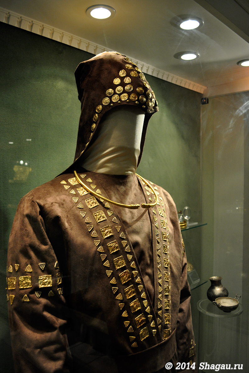 Реконструкция костюма скифского царя
