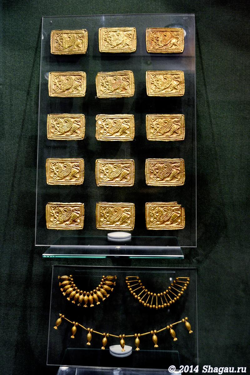 Золотые нашивки на одежду