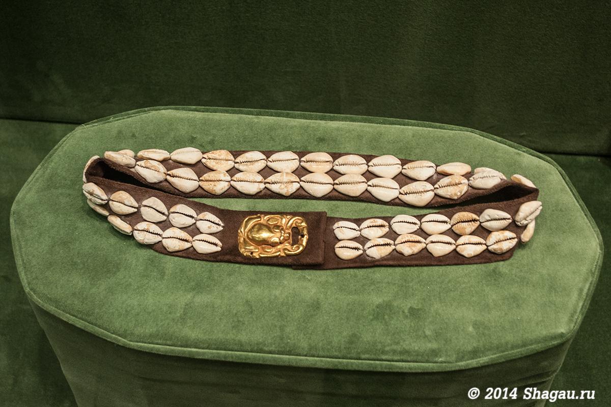 Реконструкция пояса. Золото, раковины каури (I в до н.эр - I в н.э.)