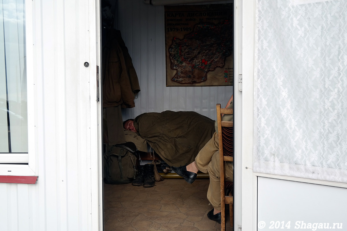 Солдат спит-служба идет