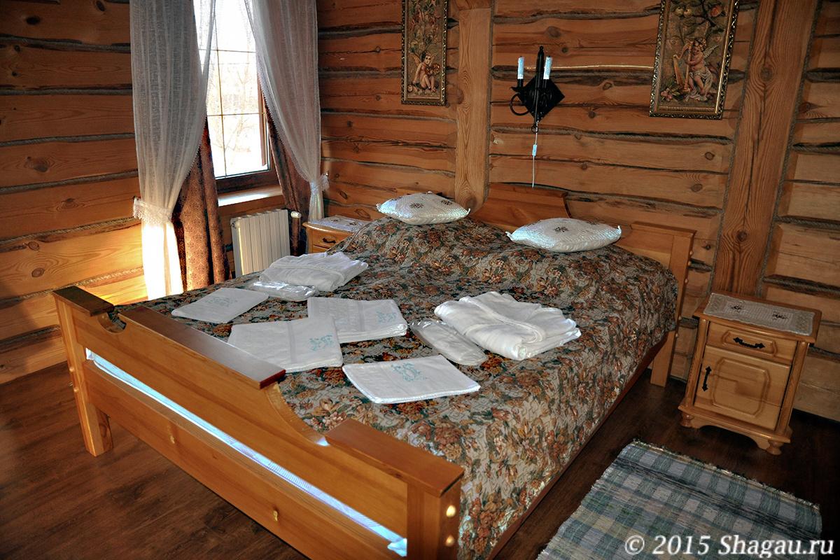 Алексеевская усадьба. Спальня