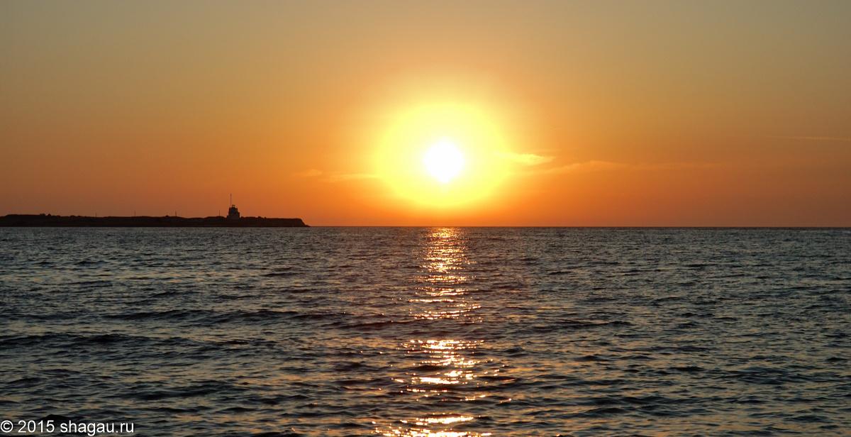 Закат в море. Автор фото: Г. Стороженко