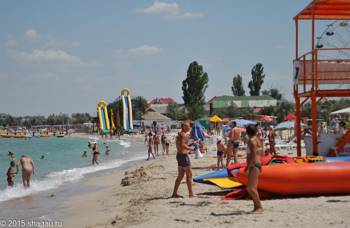 Пляж в Черноморском. Автор фото: Г. Стороженко