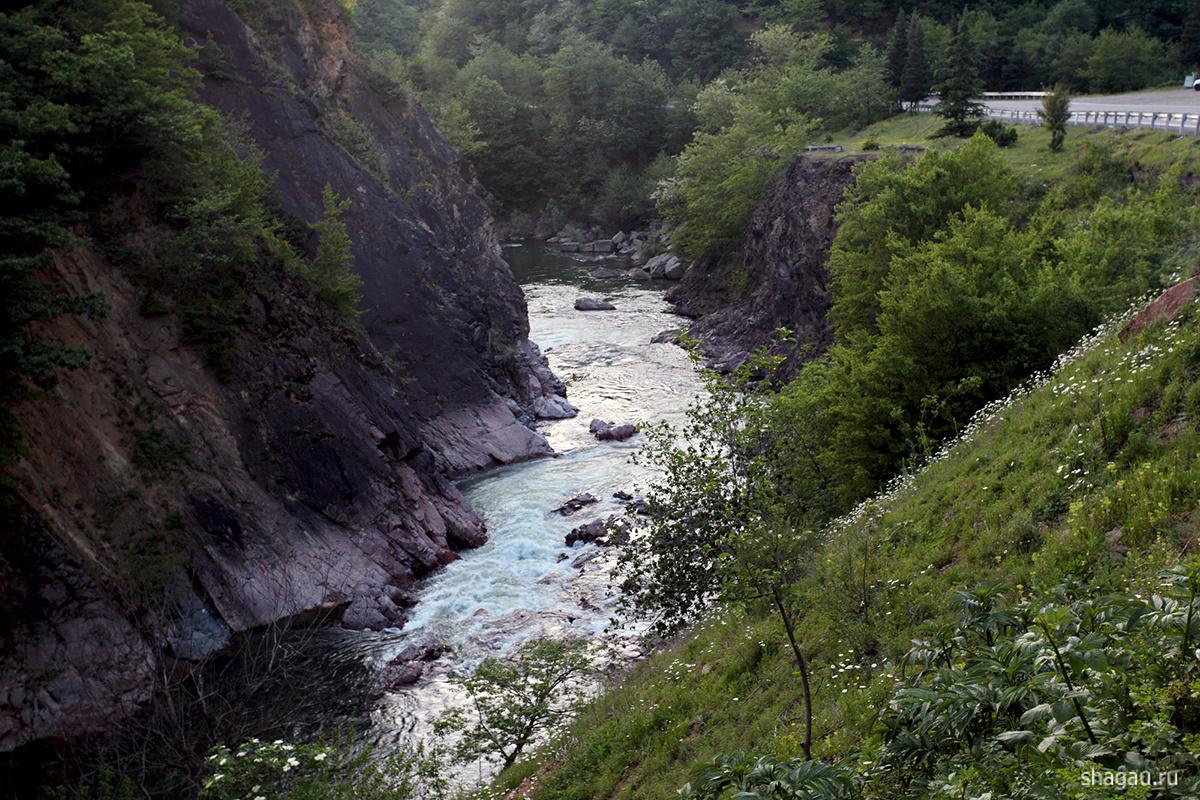 Горная речка Грузии