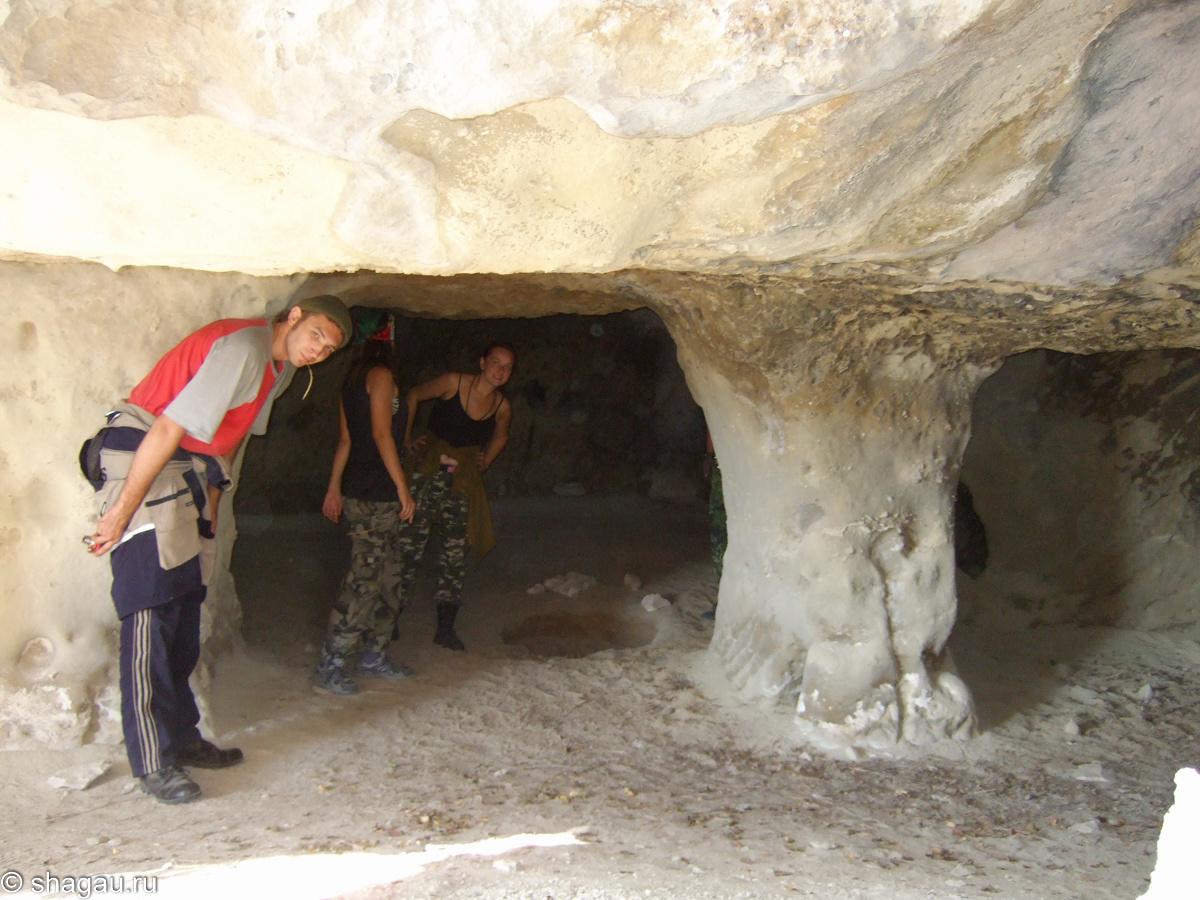 Пещерка на первом
