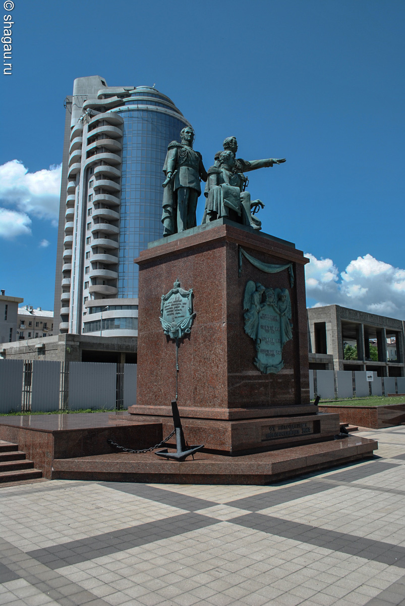 Памятник отцам-основателям