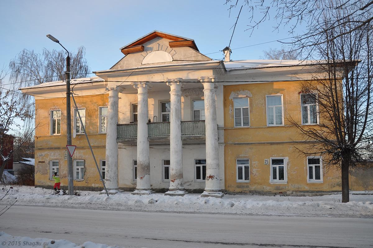 Дом Суздальцевых
