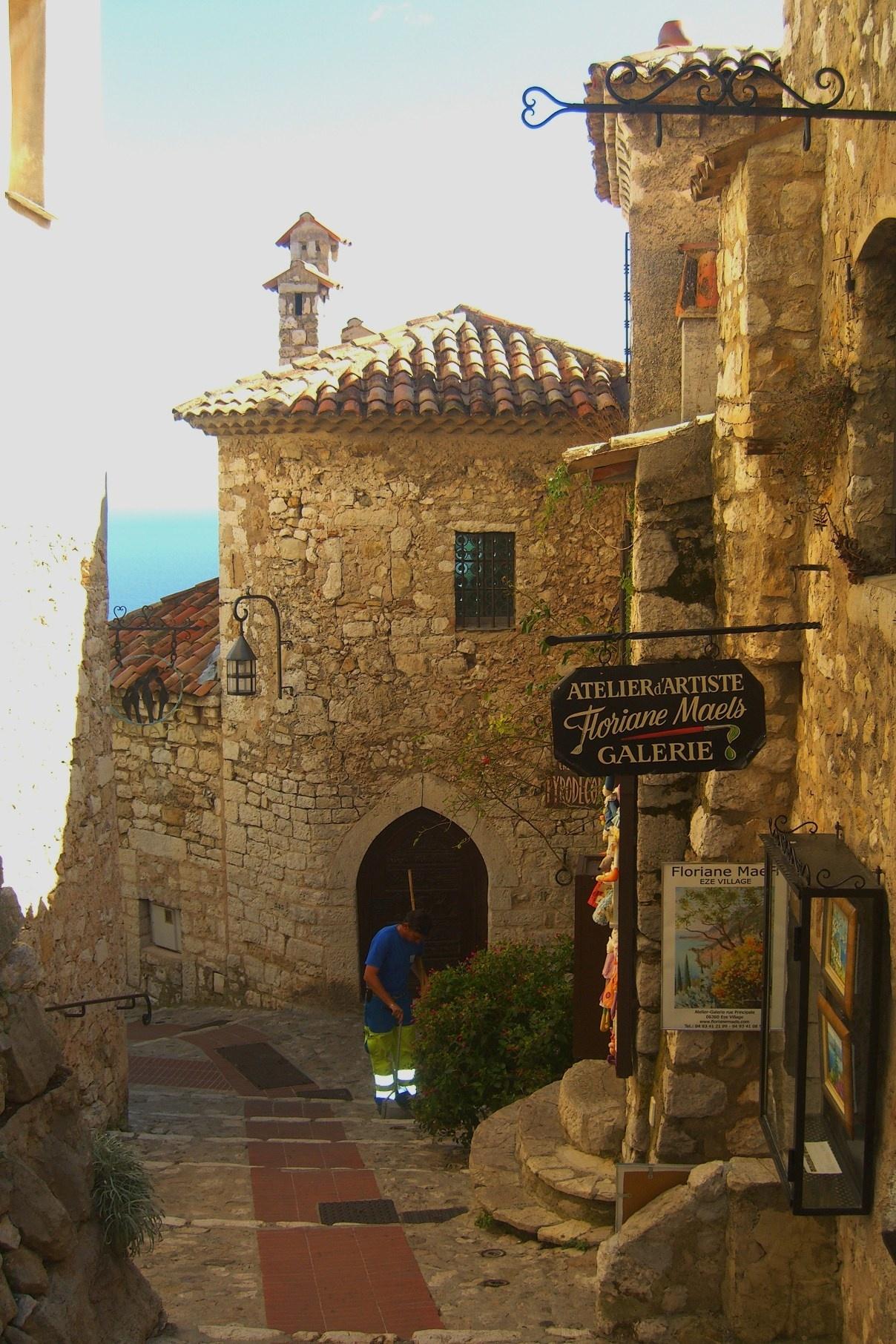 Старый город Эз