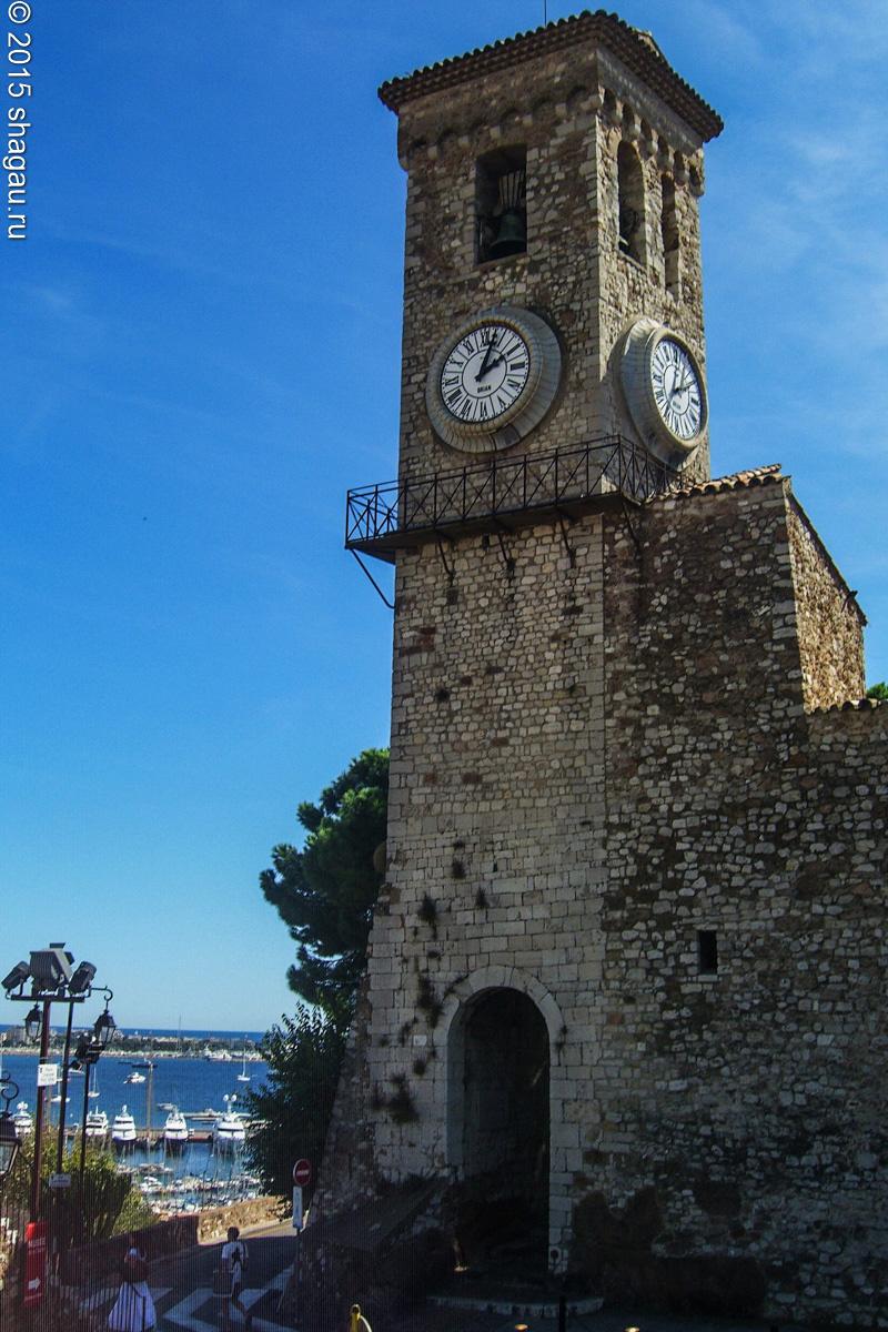 Канны. Часовая башня Сюке
