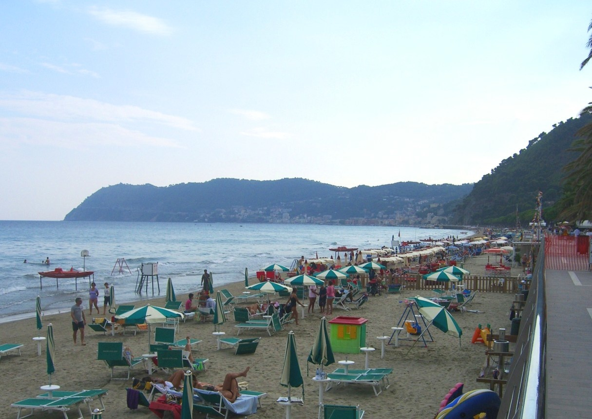 Алассио. Пляж
