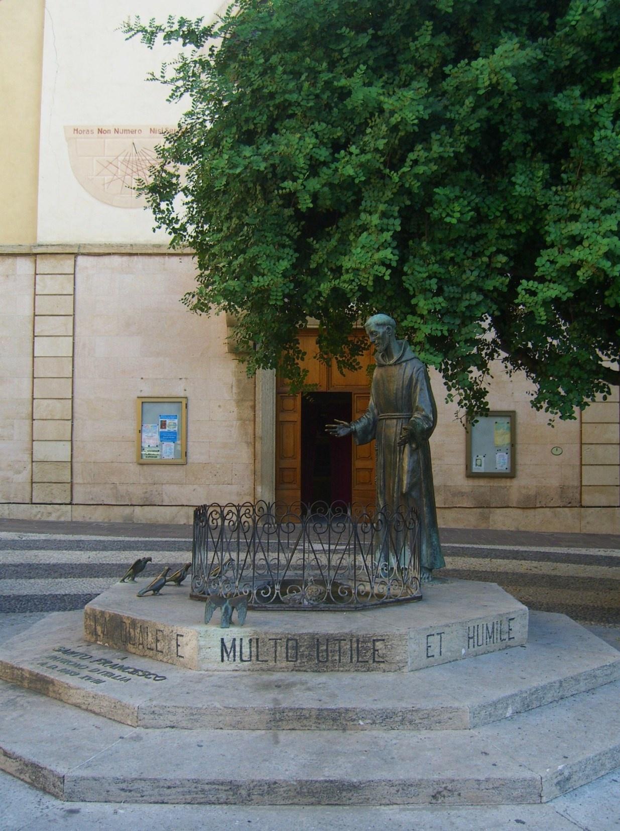 Статуя Св. Франциска