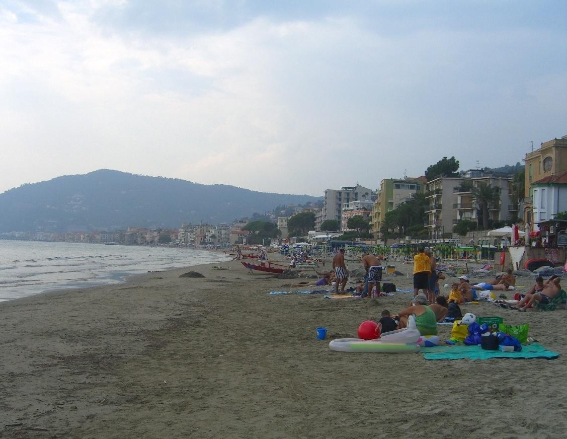 Алассио. Бесплатный пляж