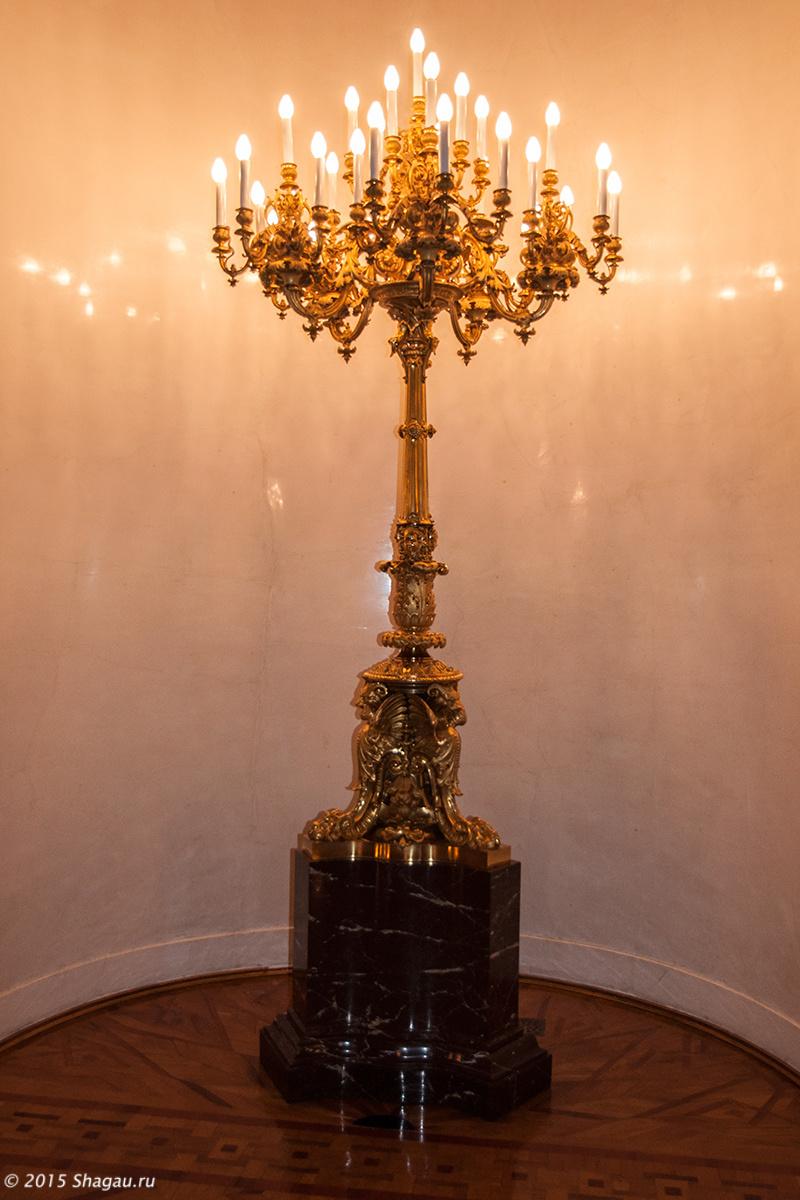 Светильники во Владимирском зале