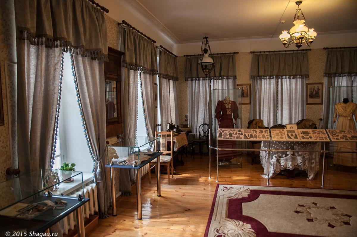 Дамская гостиная