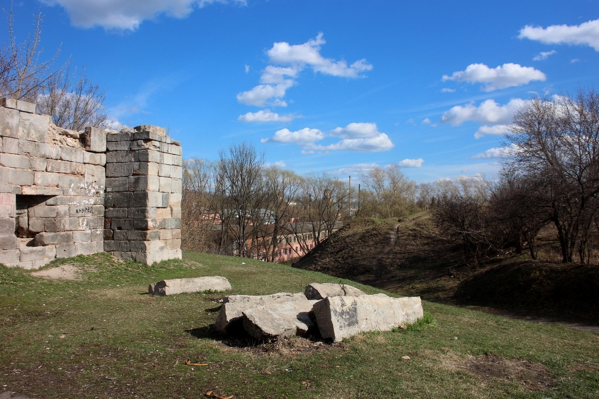 Крепостная стена. Серпухов