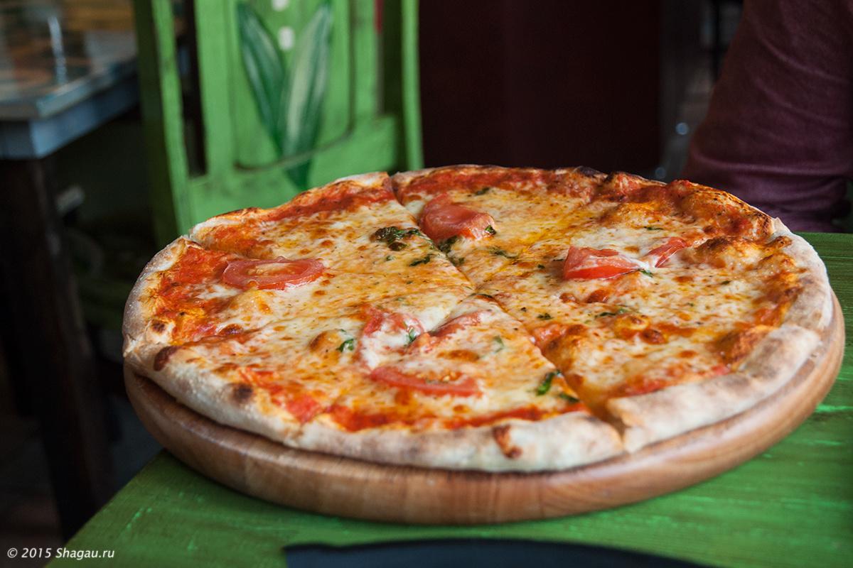 Пицца в Луковке