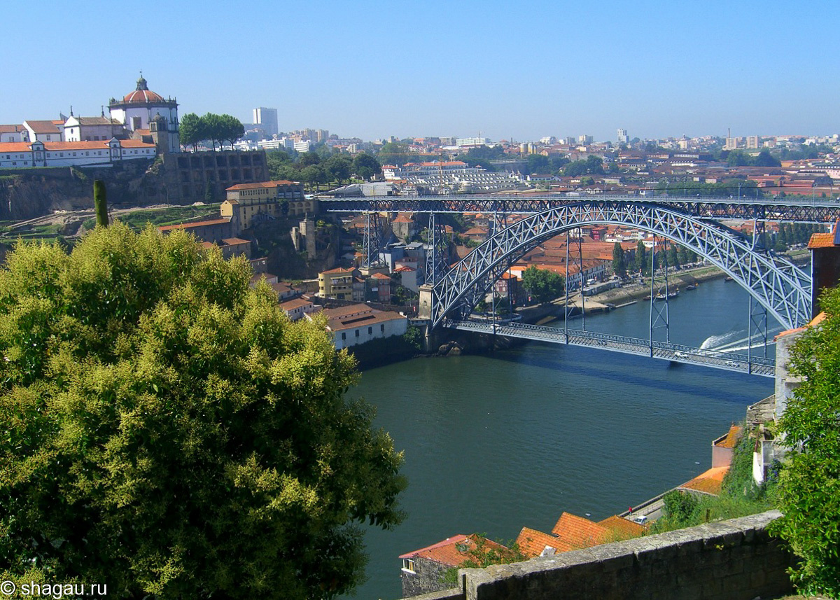 Вид на мост Луиша первого