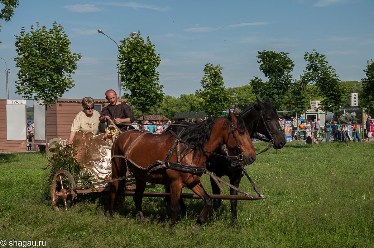 Катание на колеснице