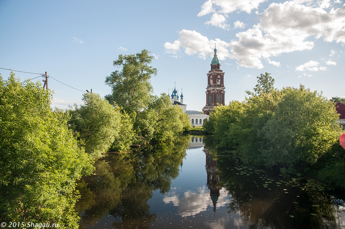 Покровская церковь и колокольня