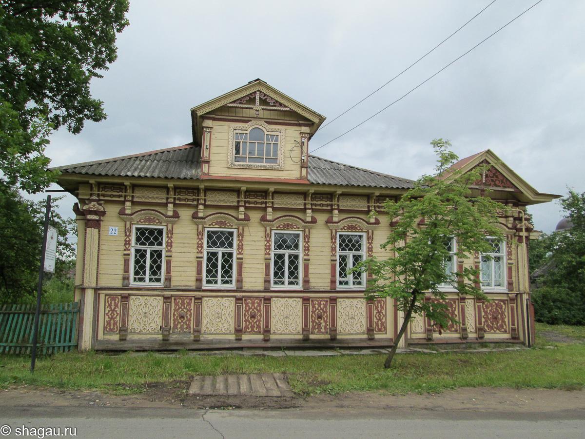Дом подрядчиков-строителей Смирновых. Это — «дом-визитка» мастеров и предпринимателей, демонстрирующий их стиль