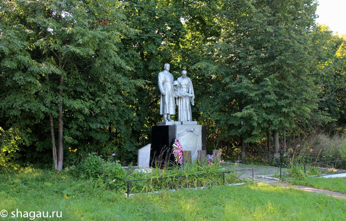 Братская могила в Богородском
