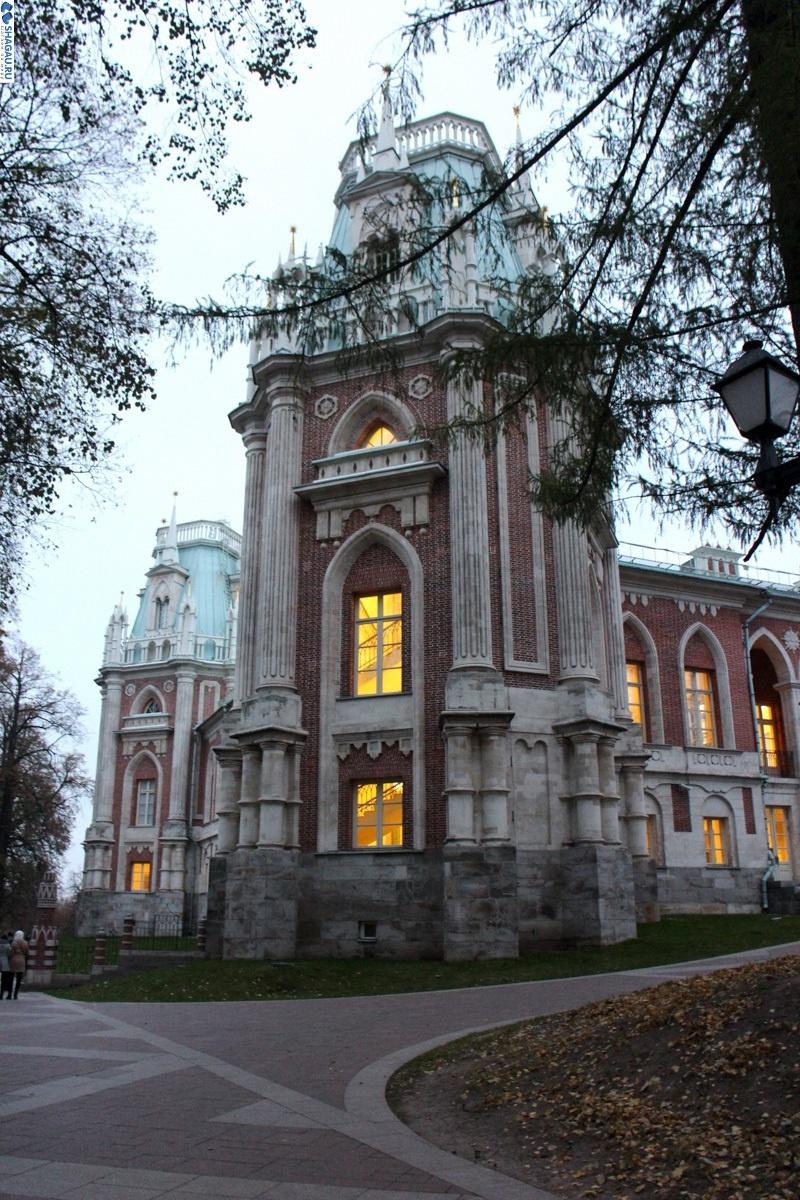 Башня большого дворца