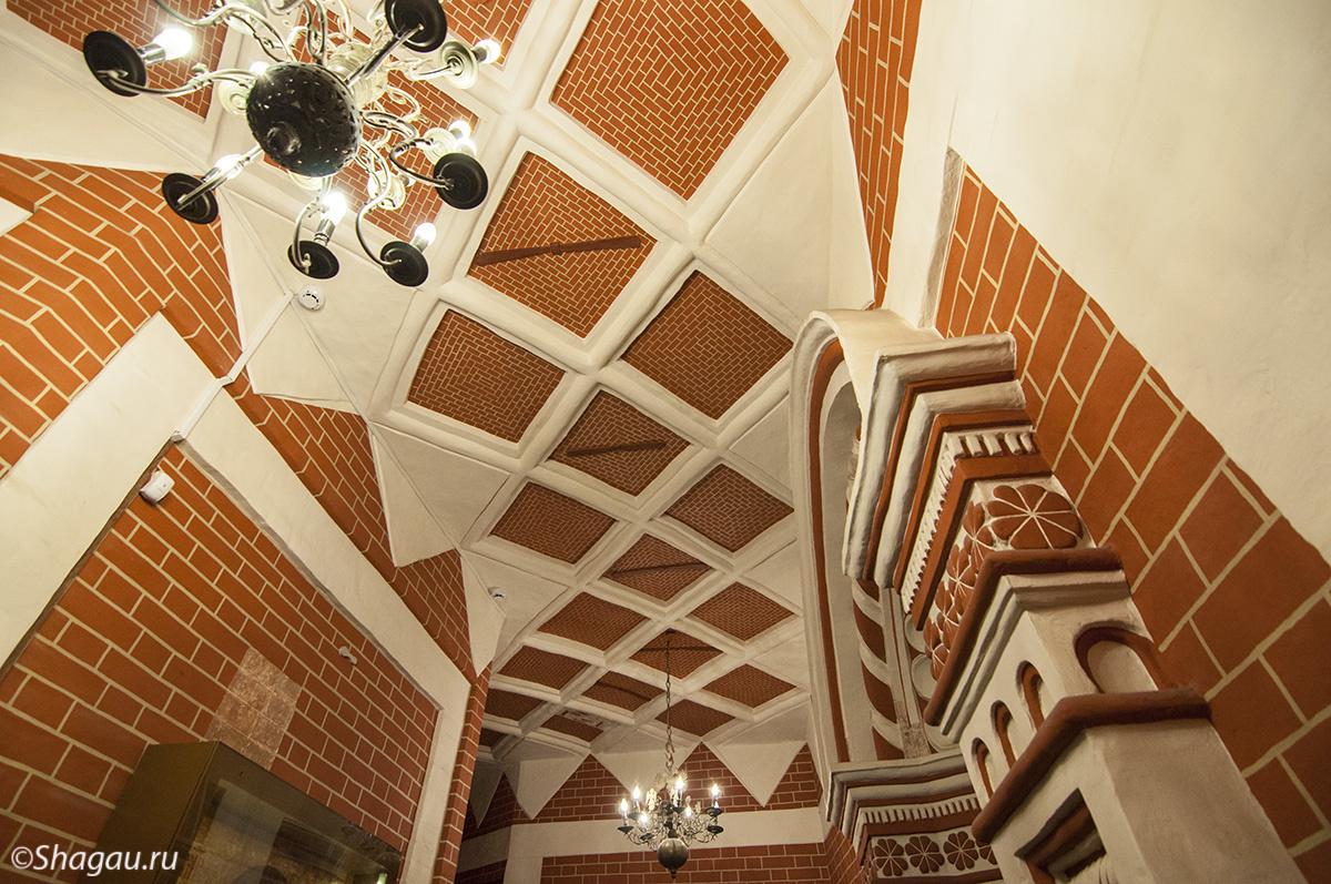 Плоский потолок