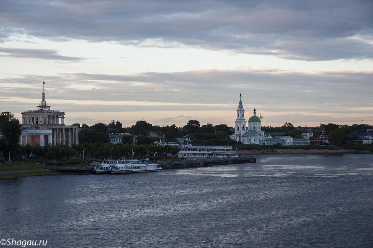 Вид с Нового Волжского моста