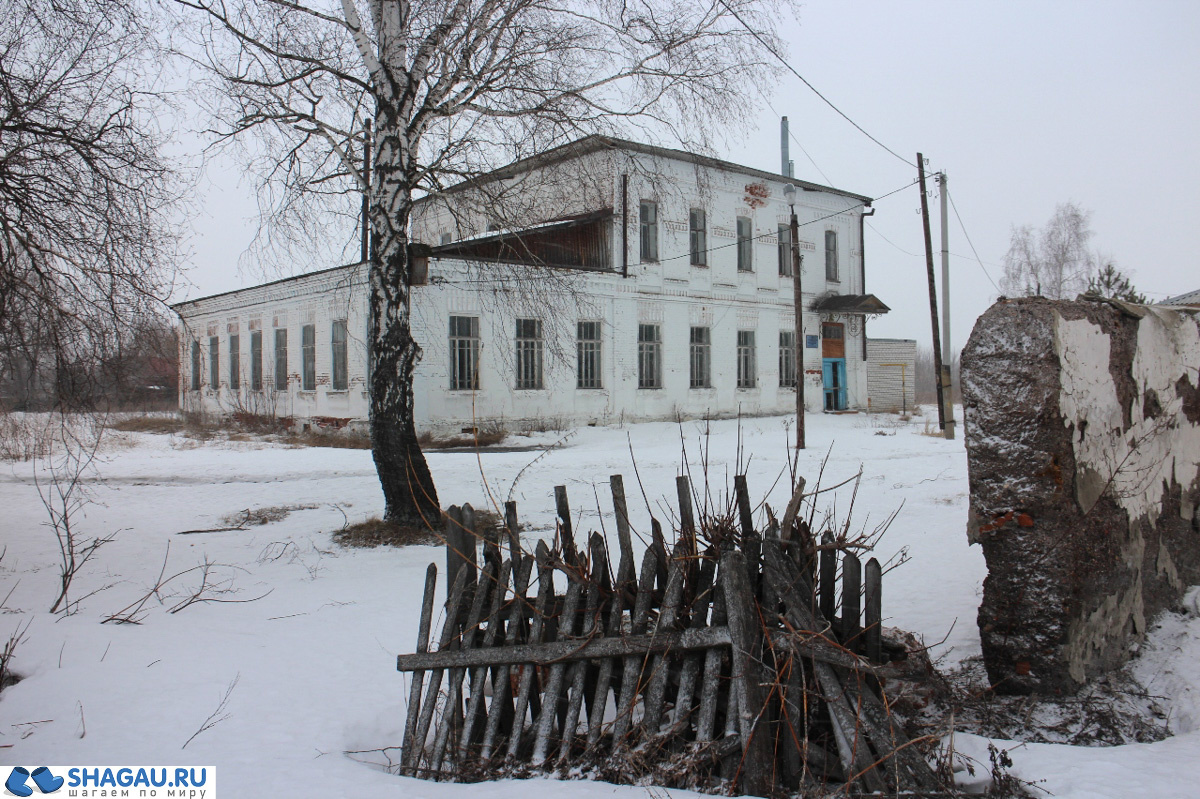 Земская школа в Летниках