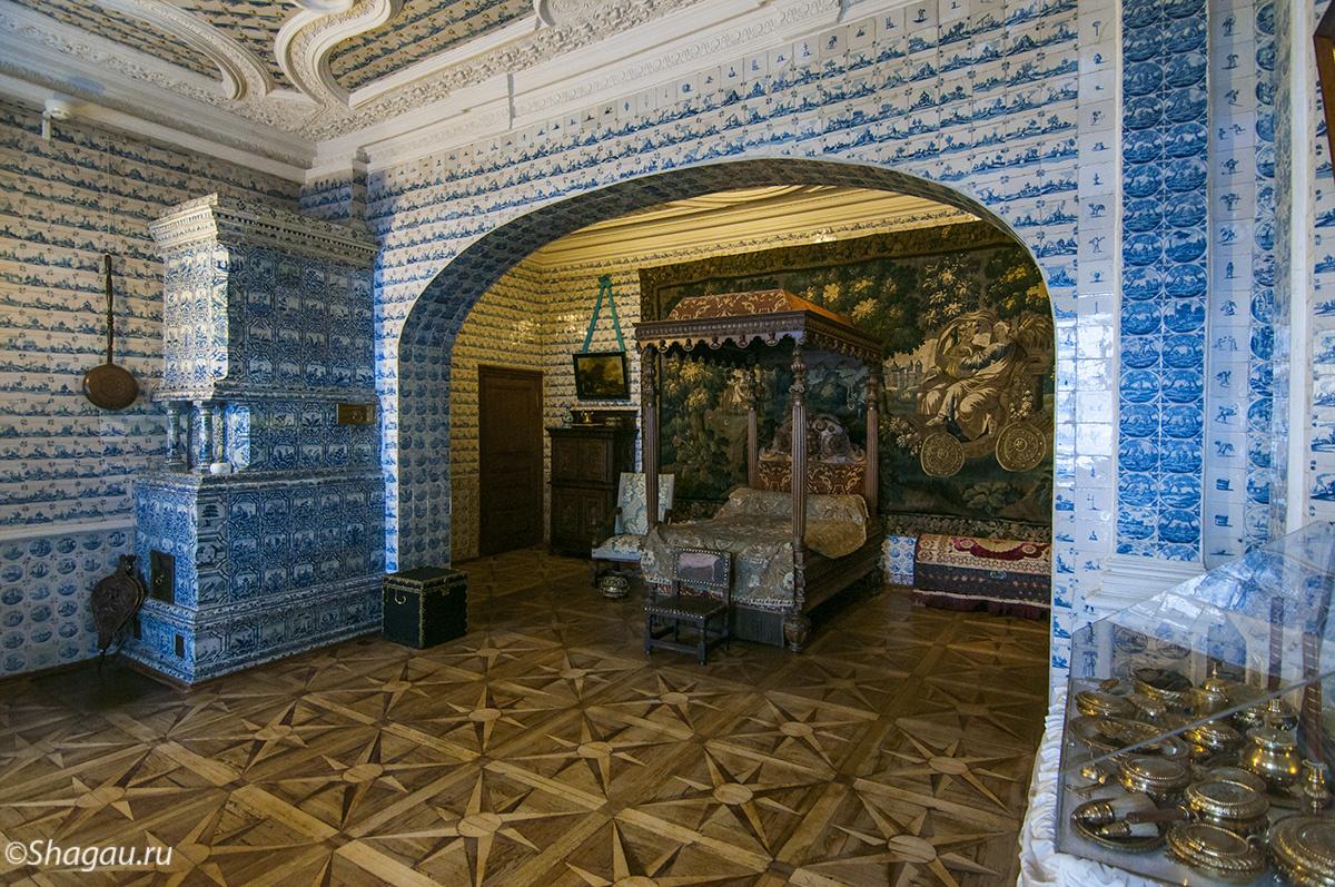 Спальня в Меньшиковском Дворце