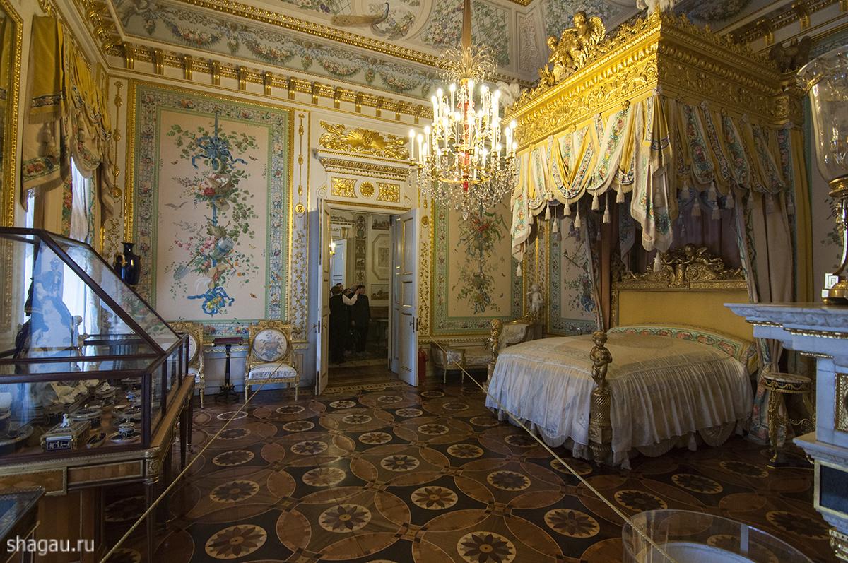 Парадная спальня Павловского дворца