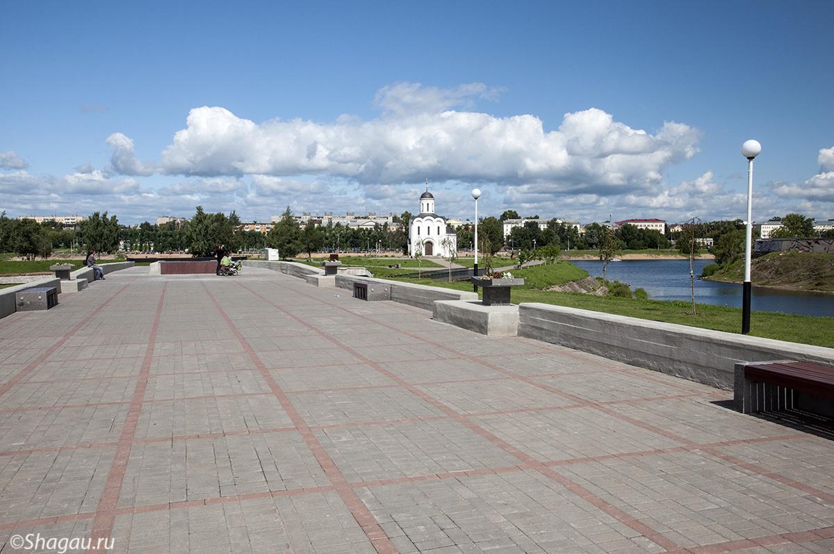 Территория мемориала