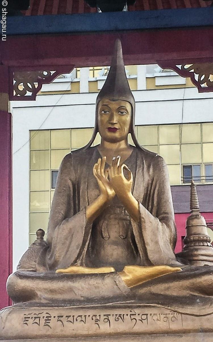 Буддизм в Элисте