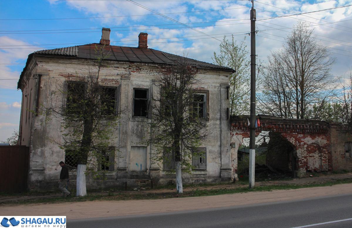 Резные памятники Боровск памятник на могилу Ишим
