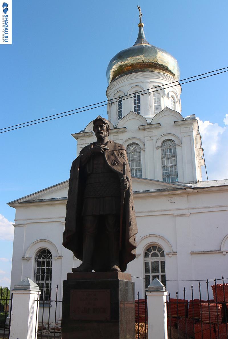 Памятник Александру Невскому